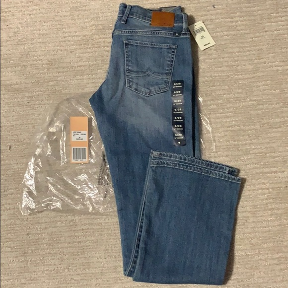 Lucky Brand Denim - Lucky brand handcrafted jeans size 6 New 28w 32L